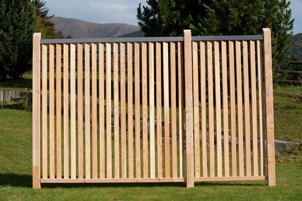 Sichtschutz Ario, mit schräg gestellten Lamellen, 179x179 cm