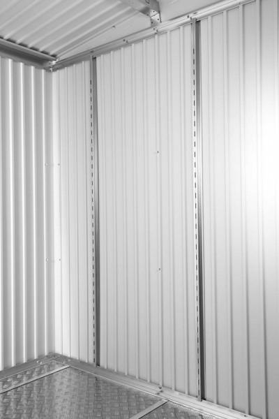 Regalsteher für Regalböden bei Gerätehäusern