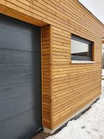 Fassadenverkleidung mit Rhombusprofilen (gestrichen)
